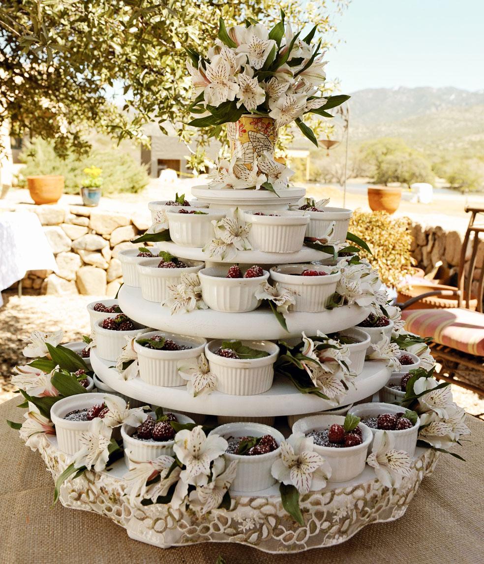 Outdoor Wedding Cake Ideas: My Entomological Wedding